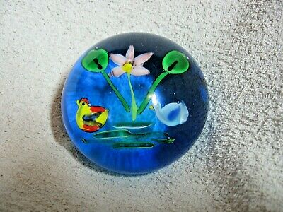Large Glass Paperweight Two Ducks On A Pond • 16£