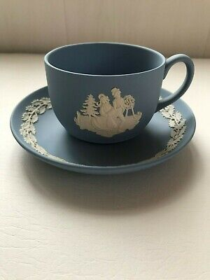Wedgwood  Blue Jasperware  Cup/saucer Christmas 1990 In Excellent Condition . • 24.99£