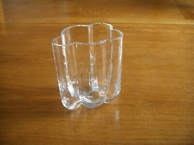 Stylish   Glass Vase By Sea Of Sweden ---signed And Labelled. . • 2.99£