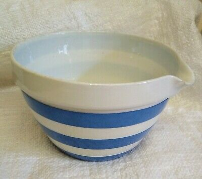 T.G. Green GREEN SHIELD MIXING BOWL WITH POURING SPOUT CORNISHWARE • 25£