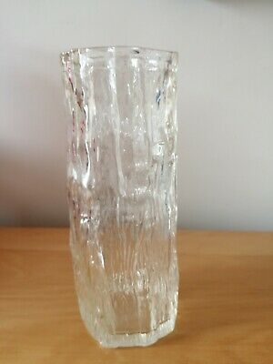 Clear Glass Bark Vase • 3.49£