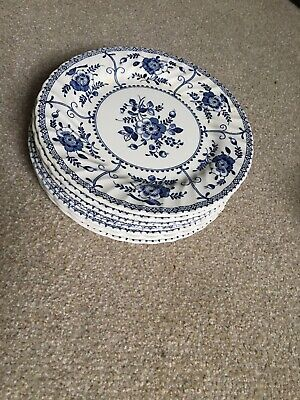 Very Vintage Johnson Brothers Plates Blue And White Floral • 12£