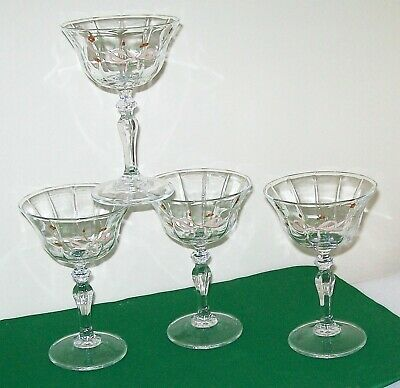 Set Of 4 Eternal Beau Champagne / Cocktail Glasses ~ Italian ~ Superb Condition. • 3.99£