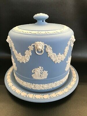 Wedgwood Blue Jasperware Large Cheese Dome In Excellent Condition . • 240£