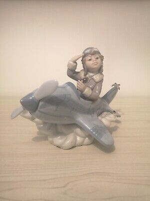 Lladro, Over The Clouds, No 5697,Withdrawn 1/1/05 • 6.51£