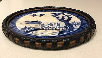 Antique Willow Pattern Blue&White Trivet/Teapot Stand Weave Wicker Detailing  • 24£