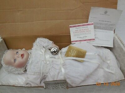Franklin Mint Porcelain Heirloom Doll - The Victorian Christening Doll  • 40£