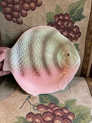Vintage Shorter Fish 9  Dinner Plate, Pink And Green • 10£