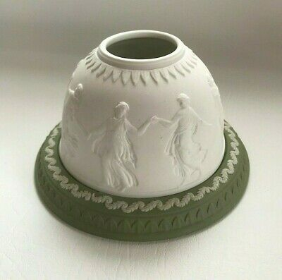 Wedgwood Green Jasperware Dancing Hours Lithophane In Excellent Condition . • 39.99£