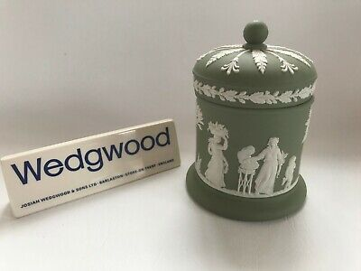 Wedgwood  Green Jasperware Lidded Jar C1955 In Excellent Condition . • 24.99£
