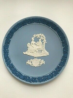 Wedgwood Jasperware Tri-coloured Valentines Plate 1990  In Excellent Condition . • 13.50£