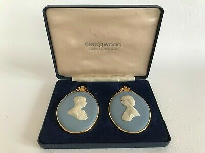 Wedgwood Blue Jasperware Medallions Limited Edition In Excellent Condition . • 29.99£