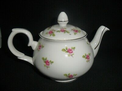 Pretty Small Size Duchess China Teapot - Decorated Pink Roses And Gilded Edges. • 10£