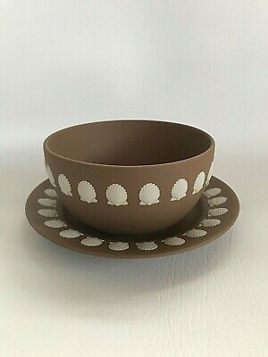 Wedgwood Brown  Jasperware Shell Design Bowl/plate In Excellent Condition . • 49.99£