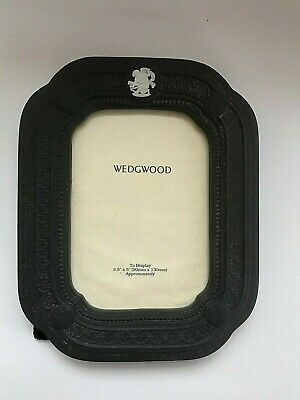 Wedgwood Black Jasperware  Picture Frame In Excellent Condition . • 69.99£