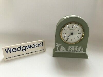 Wedgwood Green Jasperware Mantle Clock In Excellent Working Condition . • 29.99£