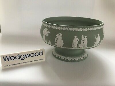 Wedgwood Green Jasperware  Pedestal Fruit Bowl In Excellent Condition . • 49.99£