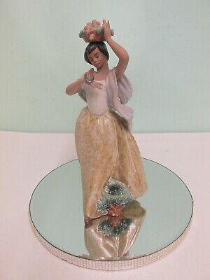 Stunning RARE Lladro Gres Woman With A Basket On Her Head And Bird On Her Hand • 200£