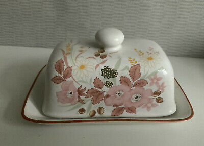 Boots Hedge Rose Butter Dish. Great Condition • 13£
