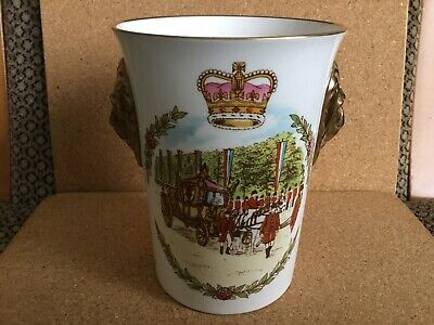 CAVERSWALL Coronation Beaker Queen Elizabeth II Coronation 25th Anniversary 1791 • 9.99£