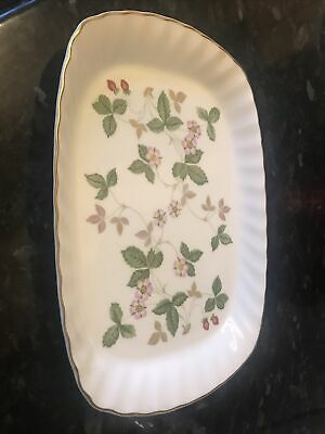 Wedgewood Wild Strawberry 8inch Long Plate • 25£