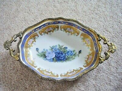 Antique  England Porcelain Oval Dish In Brass-metal Frame With Handles • 25£