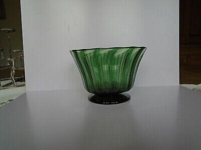 Antique 19th C Green Glass Fluted Bowl • 2.99£