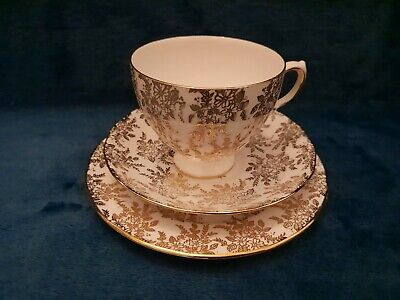 Bone China Royal Vale Gold And White Ridgway H 07 2 Cup Saucer And Plate  • 7.99£