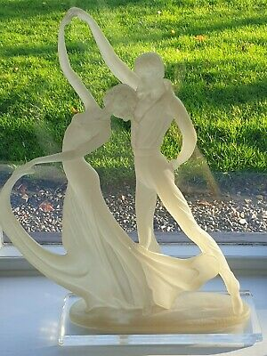 Stunning Art Deco Frosted Glass Figurine Of A Couple Dancing.Beautiful Sculpture • 51£
