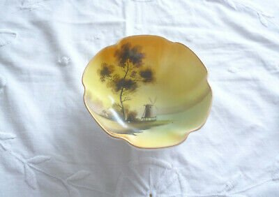 Pretty Noritake Bowl • 3£
