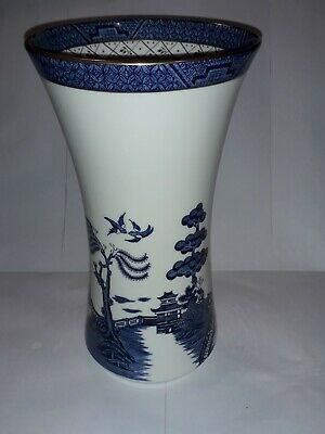 Royal Doulton Booths Real Old Willow Blue & White Vintage Vase. • 15£