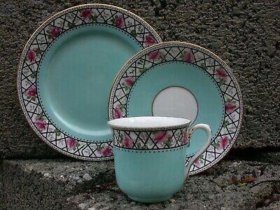 A Rare SHELLEY Trio - VINCENT Shape - ROSE TRELLIS With A TURQUOISE Ground  • 12£