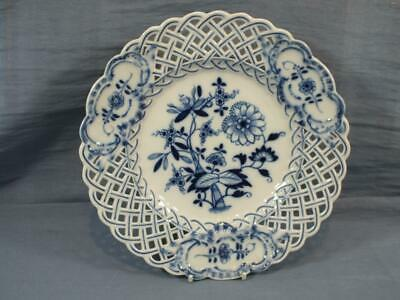 A GERMAN MEISSEN RETICULATED LARGE 9.5  CABINET PLATE FLORAL PAINTED  C1930 • 29.95£