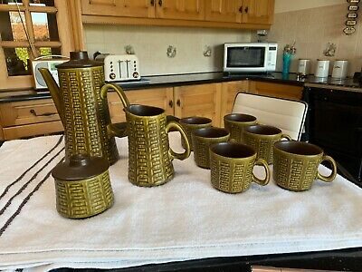 Stunning 6 Cup Coffee Set With Coffee Pot, Sugar Bowl, Milk Jug And 6 Cups • 10£