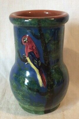 Lovely Royal Torquay Pottery Devon Parrot Decorated Vase (approx. 13cm Tall) • 4.99£