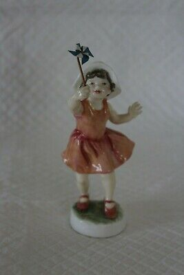 Royal Worcester RW 4161 Let's Run Figure • 120£