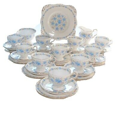 Tuscan China, 10 Place Tea Set, Love In The Mist • 75£