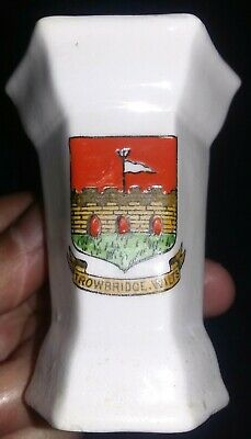 Crested China Vase Trowbridge Wilts • 2.99£