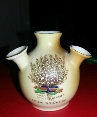 Crested China - From Brighton - Lucky White Heather - Gemma • 3.99£