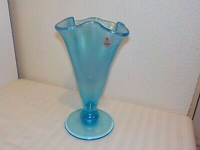 Fenton Iridescent Frosted Blue Stretch Vase • 38.30£