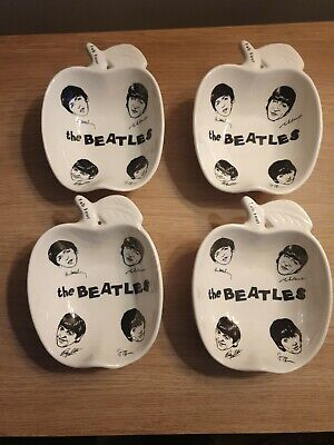 4 X THE BEATLES VINTAGE ARTHUR WOOD APPLE SHAPED DISHES. FACES. SIGNATURES • 40£