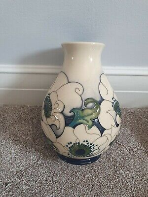 Moorcroft Snow Song Pattern Vase, 19.5cm In Height. • 45£