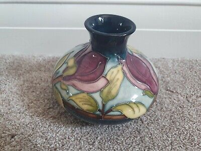 Moorcroft Magnolia Pattern Squat Vase, 10.5cm In Height. In Green And Purple. • 24.40£