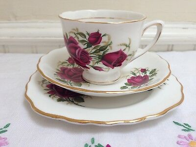 Vintage Colclough Bone China Tea Cup Saucer Plate Trio Red Roses • 8.50£