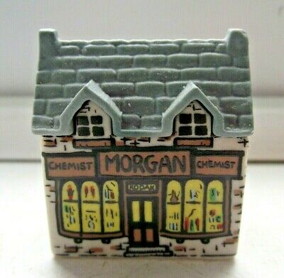 WADE WHIMSIES WHIMSEY ON WHY HOUSE MORGAN THE CHEMIST SHOP No 2 EXCELLENT C PICS • 0.99£