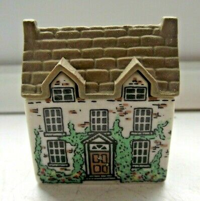 WADE WHIMSIES WHIMSEY ON WHY HOUSE DR HEALERS HOUSE No 3 EXCELLENT SEE PICS • 0.99£