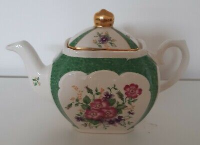 Sadler Cube Teapot Heirloom Collection Small Green Floral Ceramic Pottery  • 5£