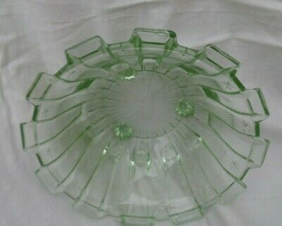 Vintage Beautiful Cut Glass Green Footed Bowl Centrepieces  • 7.99£