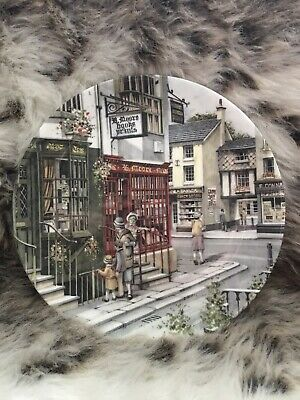 Royal Doulton Window Shopping Series Collectors Plate The Book Shop • 2.99£
