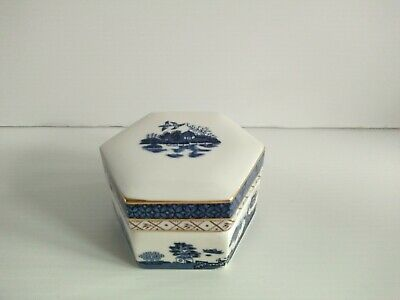 Royal Doulton BOOTHS Real Old Willow Trinket Box 1981 Excellent Porcelain  • 10£